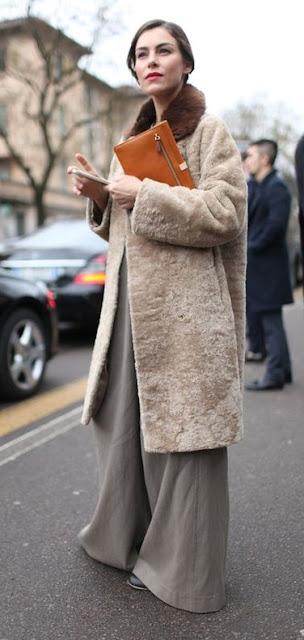 Looks de street style durante as fashion week semanas da moda em Paris, Nova Iorque, Milão...