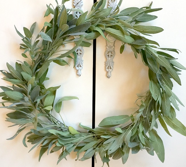 Herbal Sage DIY Wreath from the garden www.homeroad.net