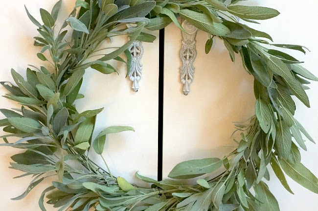 How to Create a Simple Sage Wreath