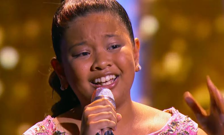 "Elha Nympha stuns Steve Harvey, audience in ""Little Big Shots"""