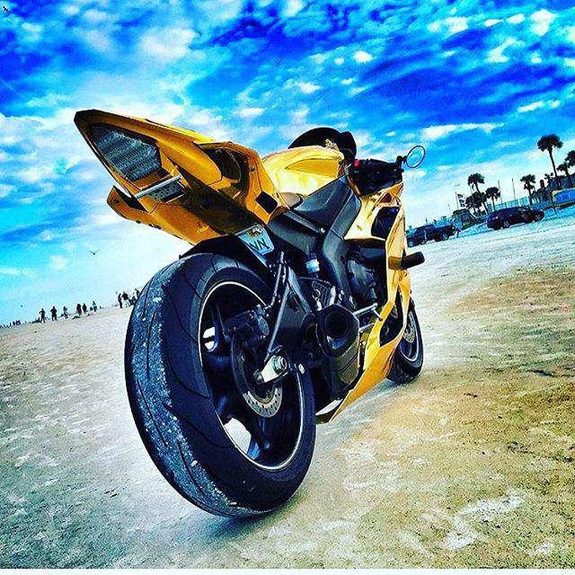 100 Gambar Motor Sport Untuk Wallpaper Ponsel