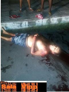 Homem é assassinado com diversas facadas em Buriti.