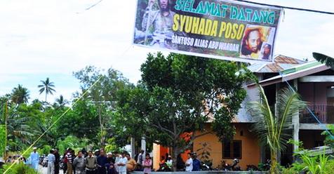 Di Acara Pemakaman Santoso, Terbentang Spanduk 'Selamat Datang Syuhada Poso'