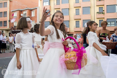 http://interbenavente.es/not/17667/video-de-la-procesion-de-la-virgen-del-carmen/