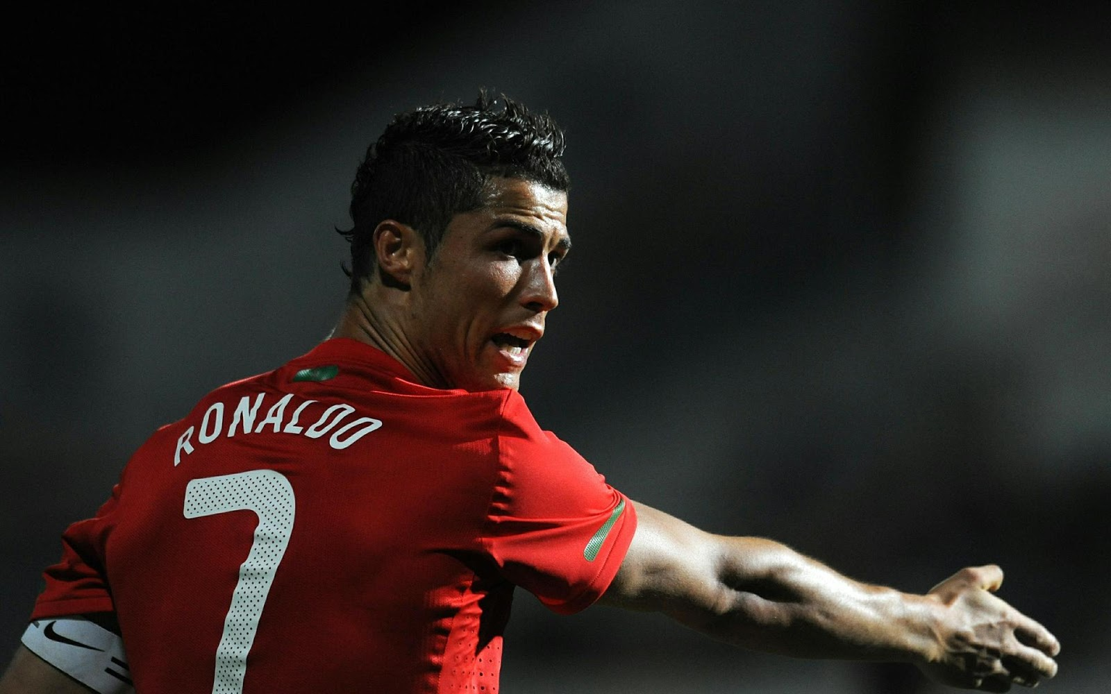top 7 cristiano ronaldo full hd background // wallpaper collection