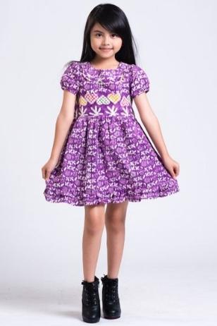 10 Model Baju Batik Anak Perempuan Modern Terbaru 2018