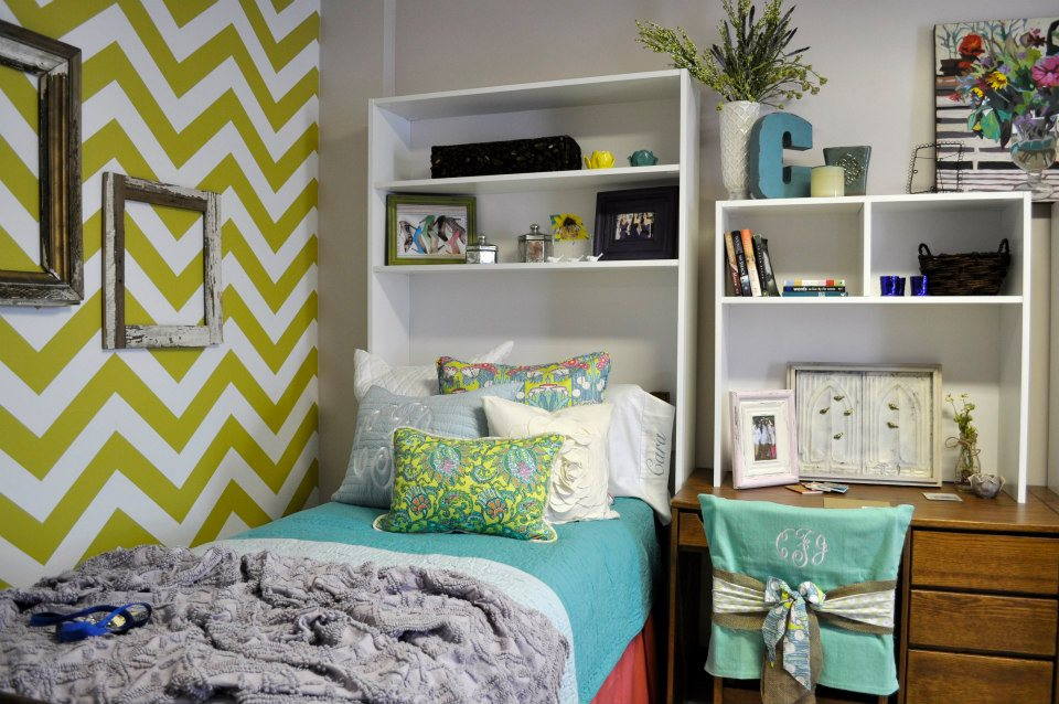 Dorm Rooms Decorating A Small E With Style