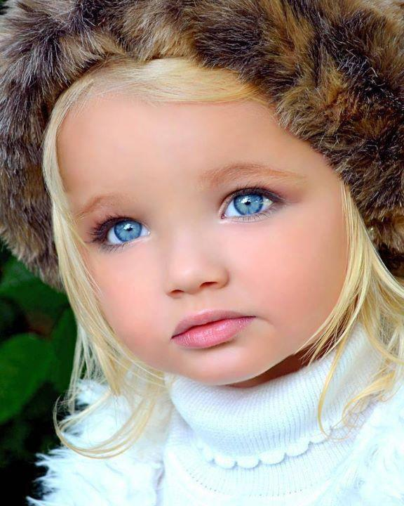 Babies Most Beautiful Eyes: RINKLY RIMES: Blue Eyes