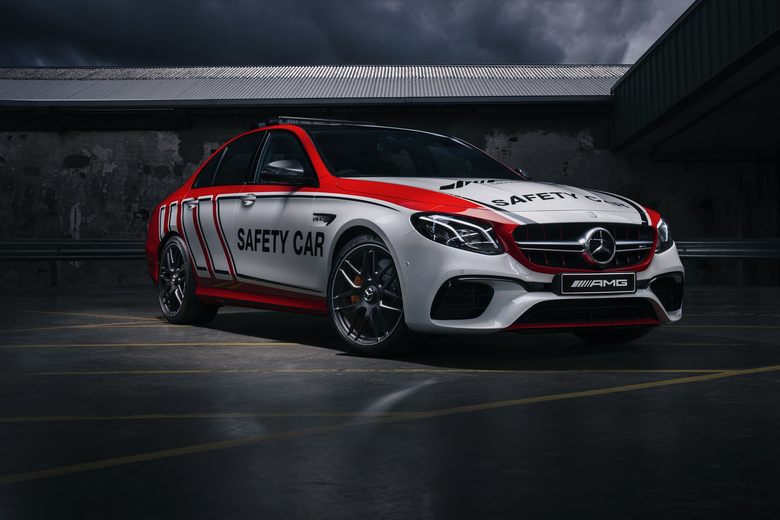 Mercedes Amg E63 S 4matic Safety Car Set To Patrol Mount