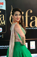Manjusha in Beautiful Sleeveless Green Anarkali dress at IIFA Utsavam Awards 14.JPG