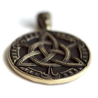 трикветр купить кулон кельтские амулеты купить украшения в кельтском стиле