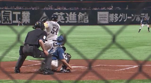 En el Yafuoku Dome de Fukuoka, el cubano Alfredo Despaigne sonó su primer triple de la temporada, anotó una carrera y remolcó otra