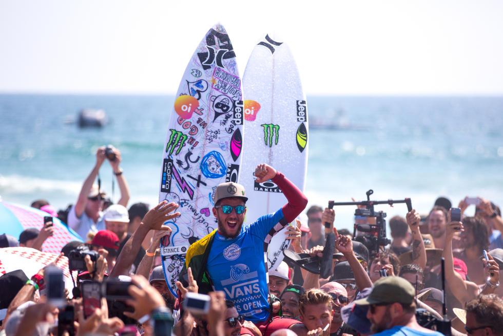 3 Felipe Toledo Vans US Open of Surfing foto Jackson Van Kirk WSL