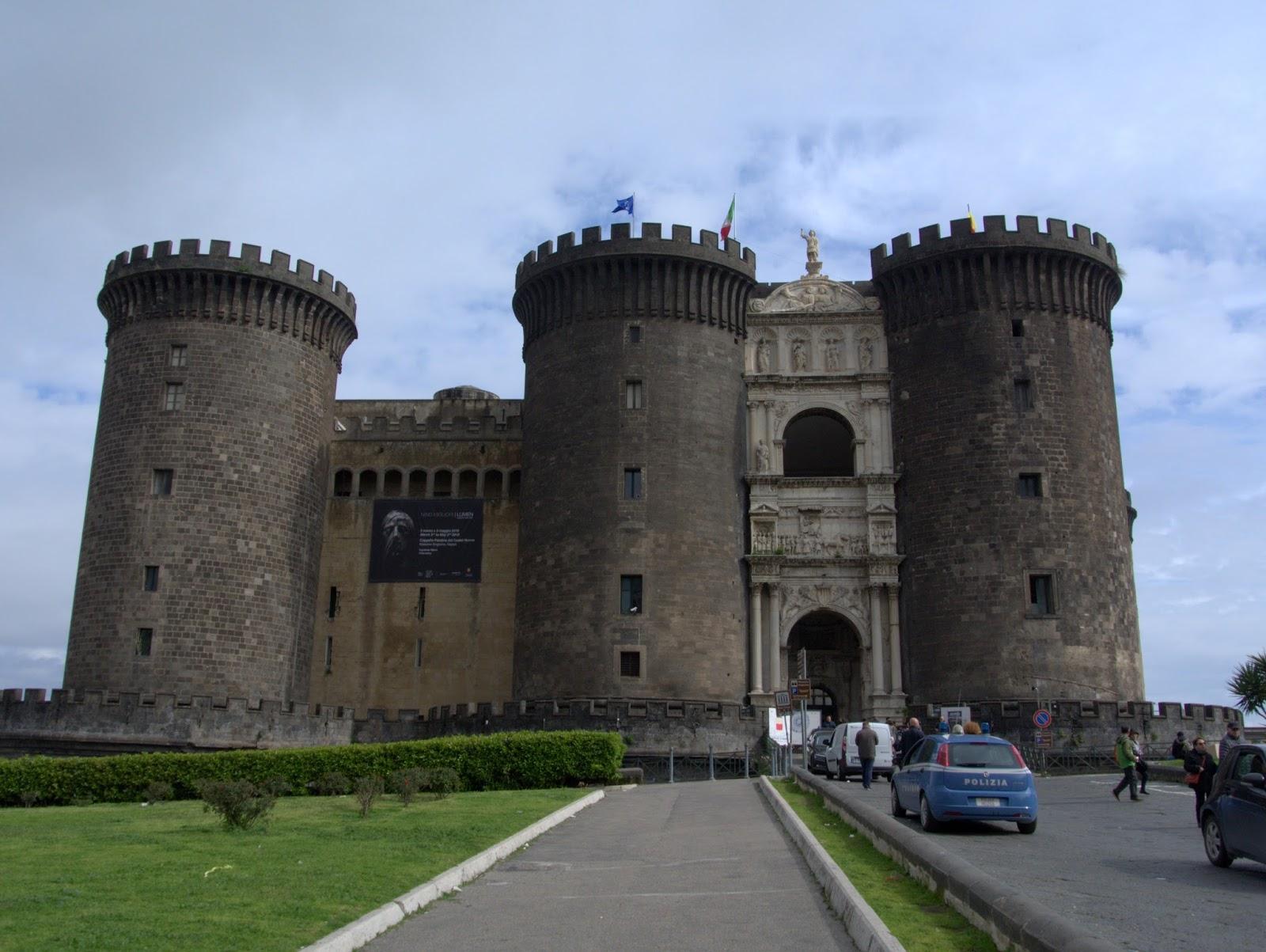 centrum miasta Neapol, co zobaczyć?