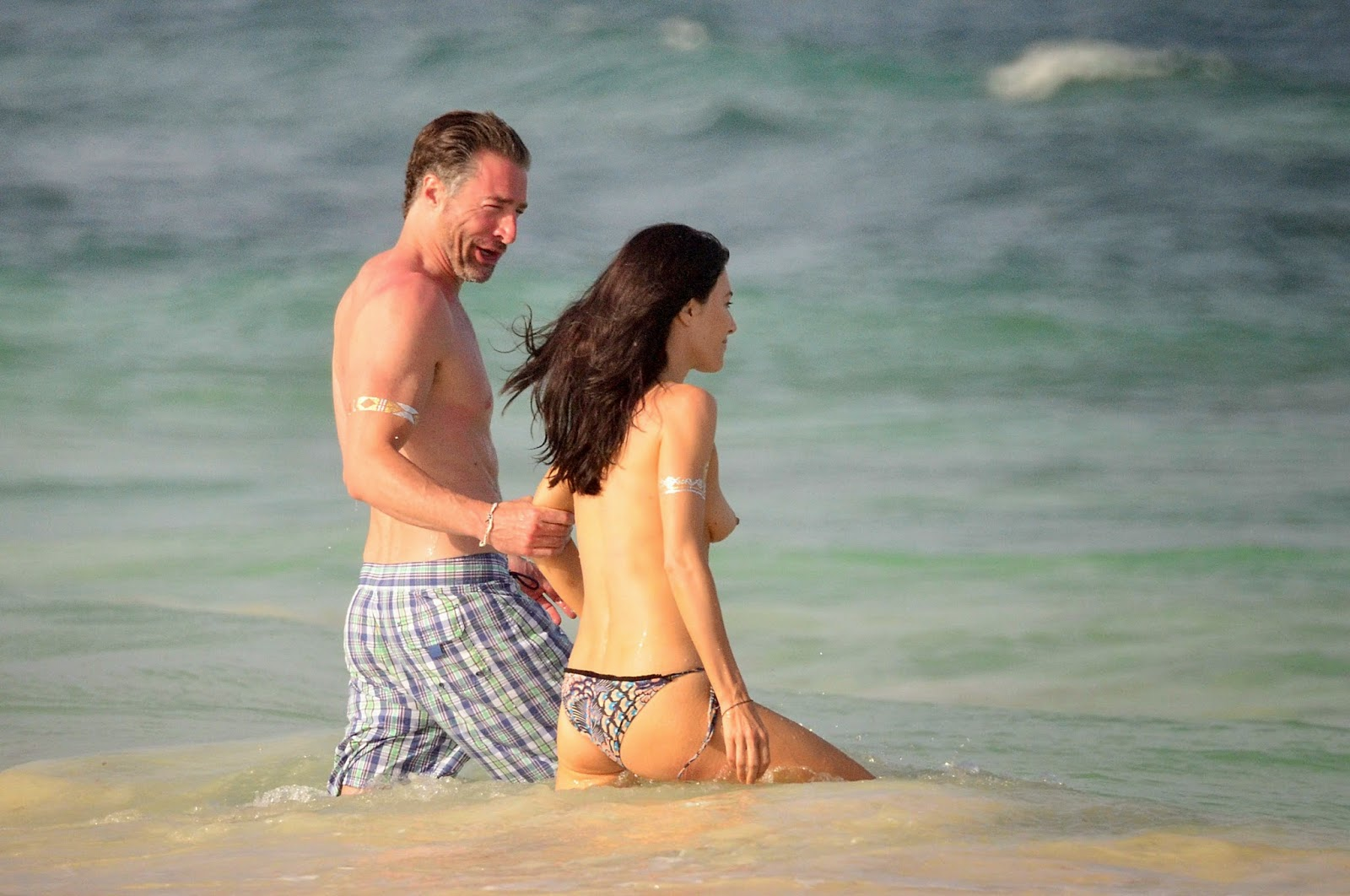 Jaime murray bikini casses, payes