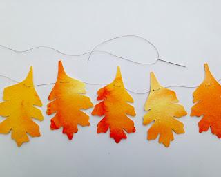 http://webloomhere.blogspot.com/2015/10/autumn-leaf-garland_26.html