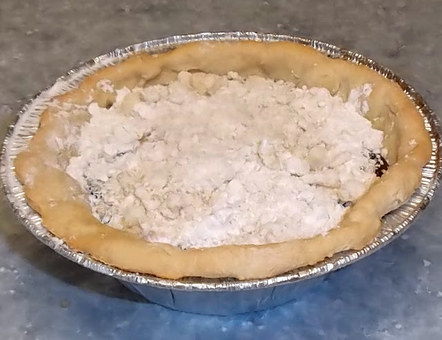 shoofly pie with crumb topping unbaked