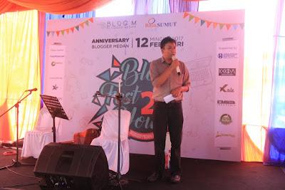 Ahmad salim memberikan sambutan selaku Ketua Panitia BlogFest2You