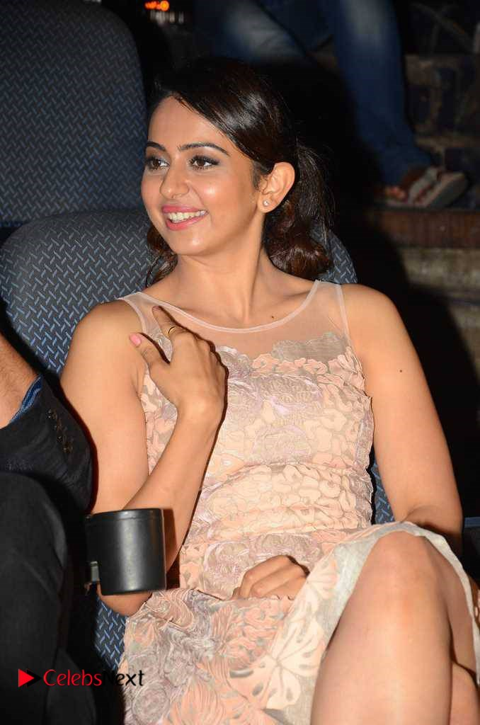 Rakul Preet Singh Latest Pictures at Devi Sri Prasad Live Show ~ Celebs Next