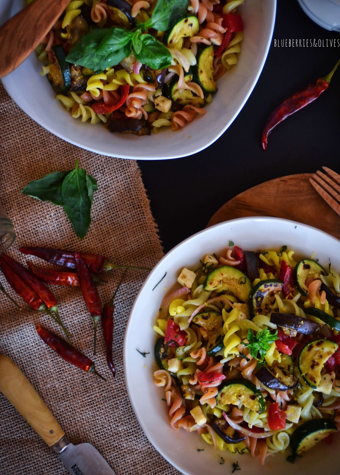 PASTA AND ROASTED VEGETABLES SALAD WITH GARLIC, LEMON AND BASIL DRESSING... and a stroll through the south of Italy