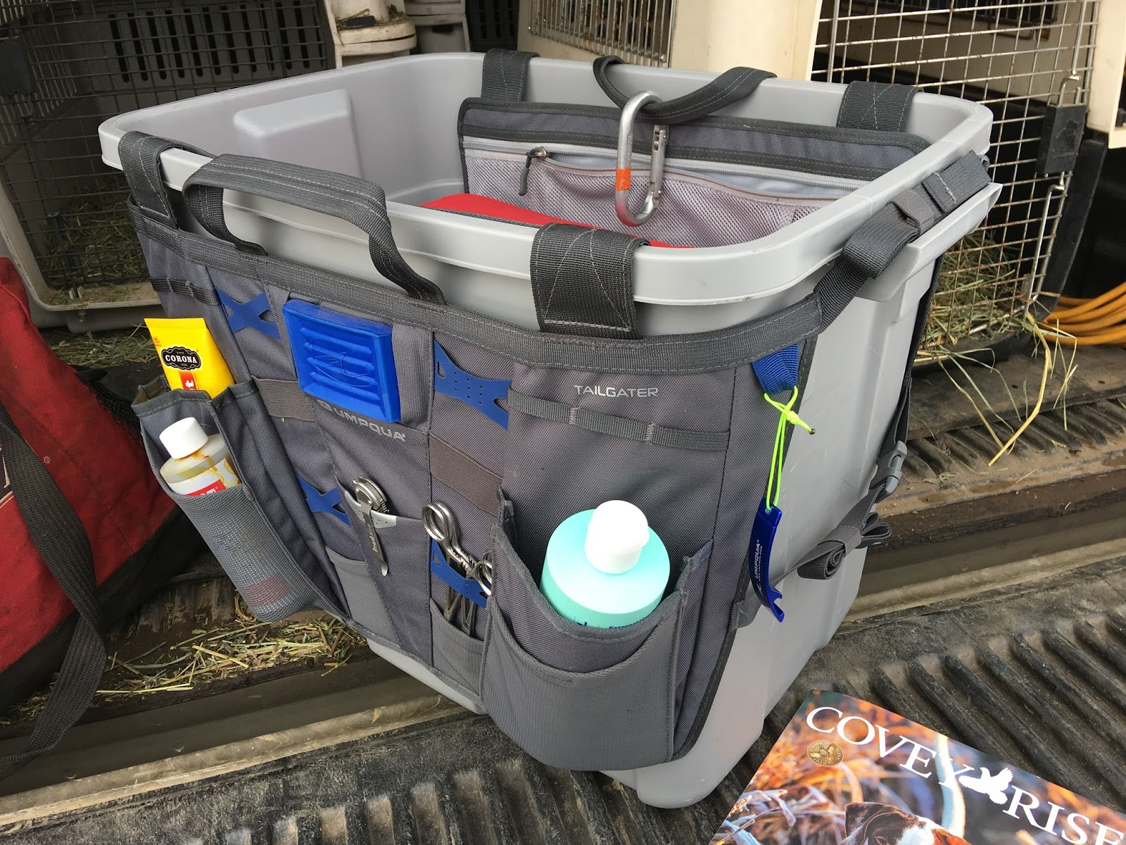 the tailgater is made by umpqua and fits around and inside a rubbermaid roughneck 18 gal container - Seecontainerhuser Wa