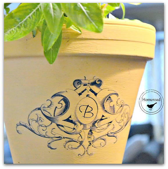Yellow planter with transfer