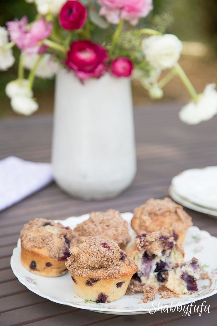 muffins outdoor setting