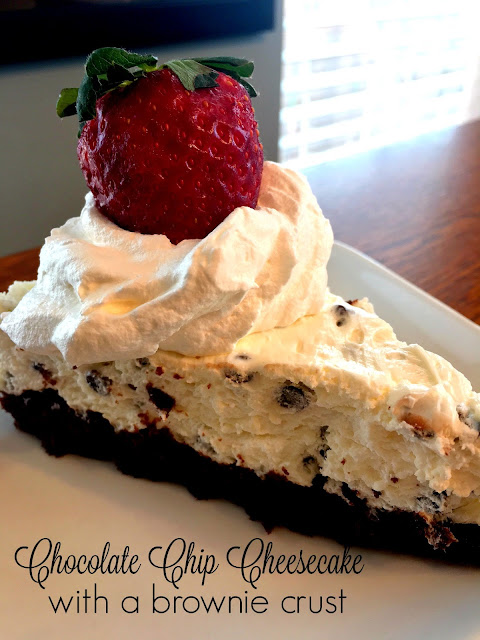 chocolate chip cheesecake with a brownie crust