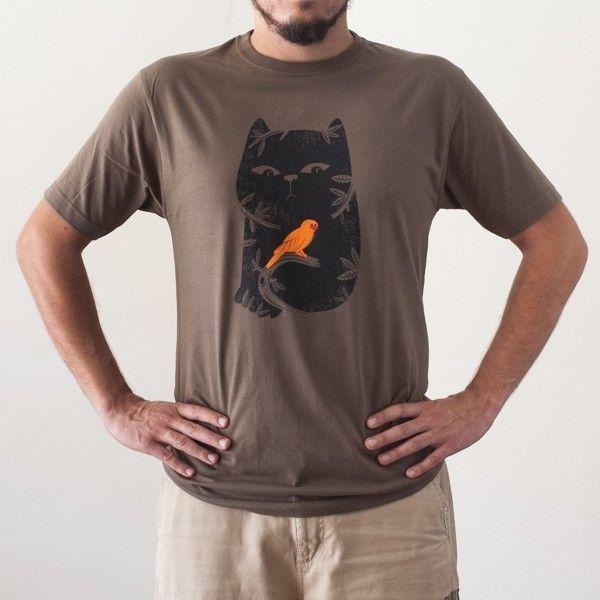 http://www.lolacamisetas.com/es/293-camiseta-gato-ilustracion.html#/25-estilo-manga_corta/37-talla-s/67-genero-hombre