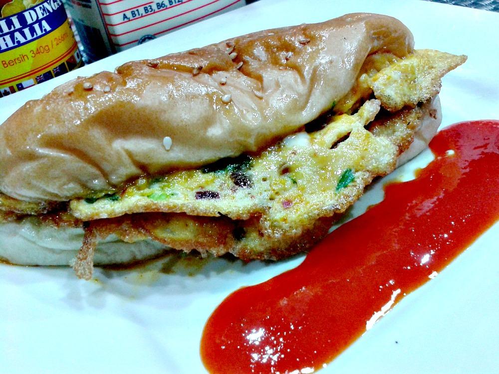 Roti John Lamb Burger