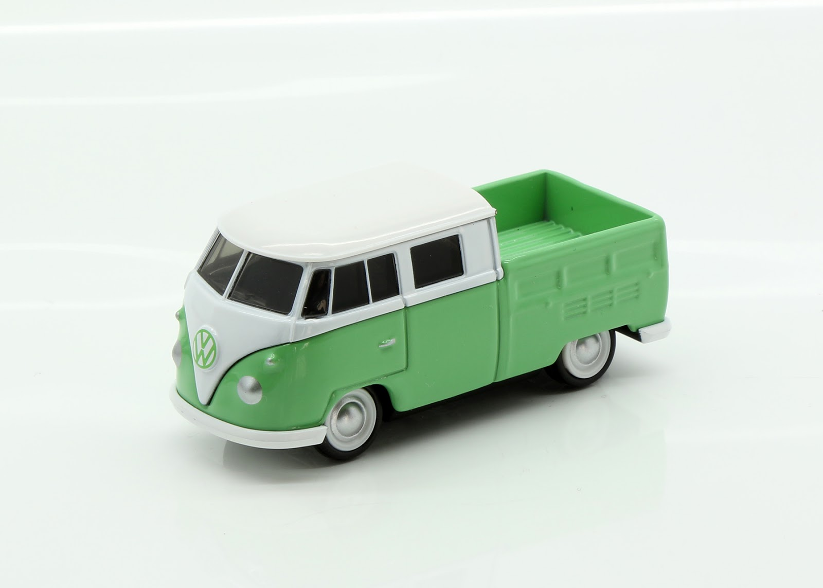incredible mini garage volkswagen t1 1959 double cab 1 64 tomica. Black Bedroom Furniture Sets. Home Design Ideas