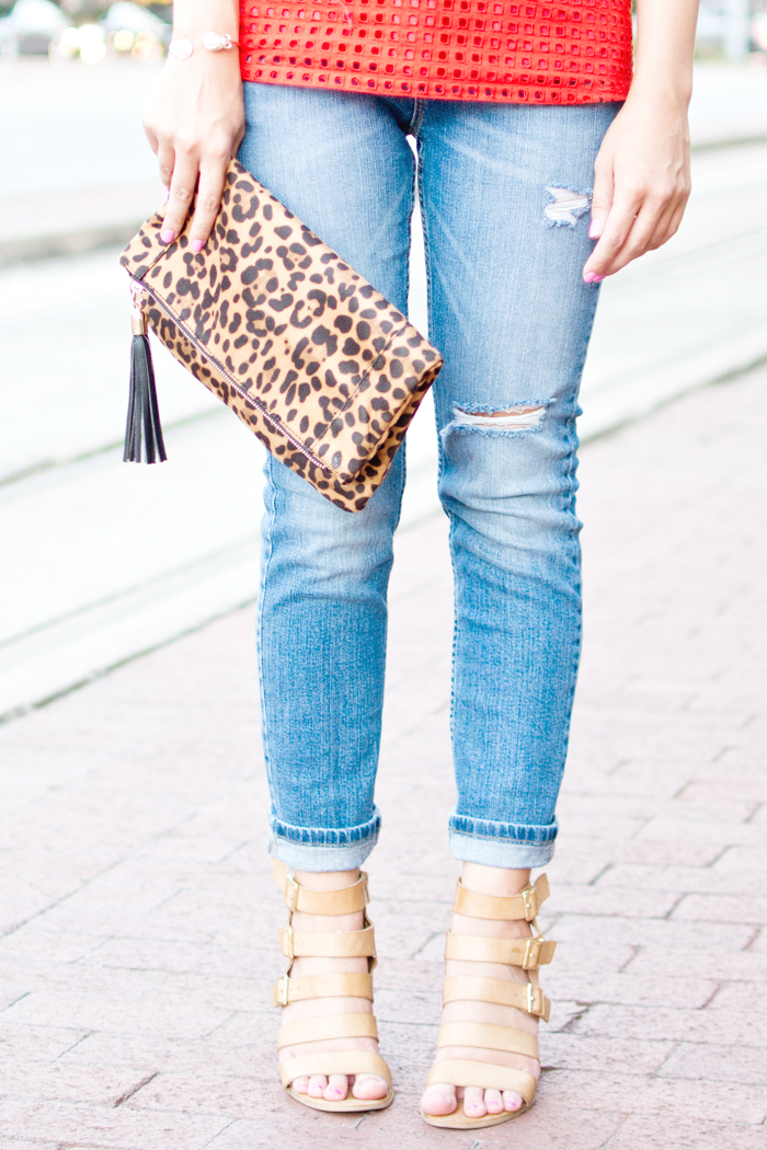 leopard clutch, cheetah clutch, jcrew top, summer outfit, casual summer outfit, coral and leopard print, blogger summer outfit