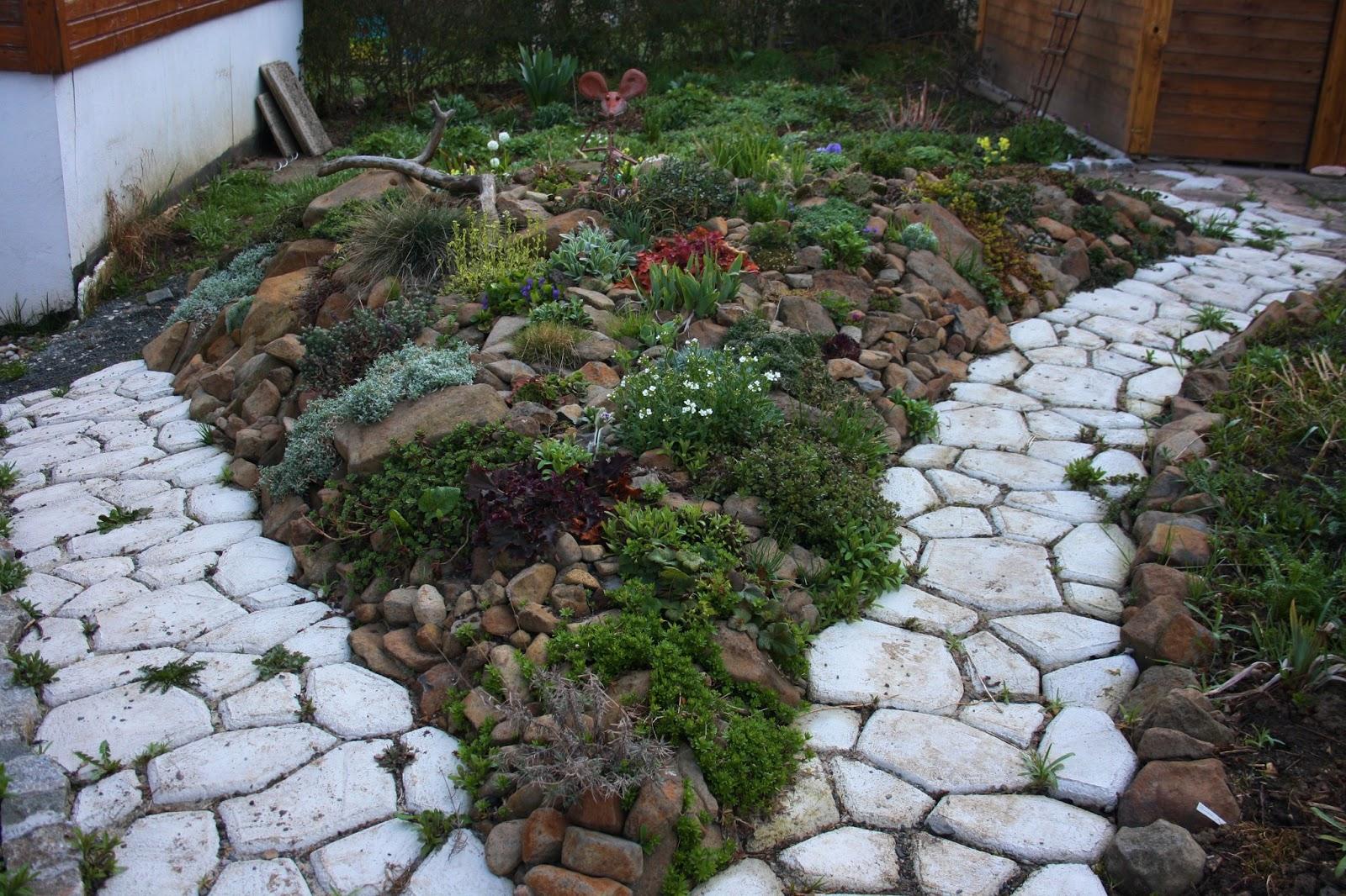 Wildes gartengl ck garten im april - Steingarten bilder ...