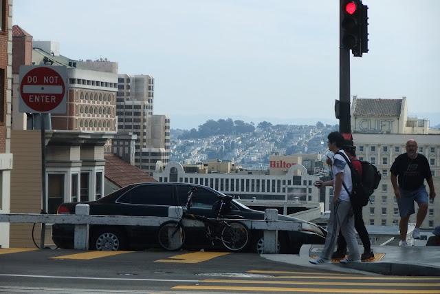 crossroads-sanfrancisco サンフランシスコの交差点