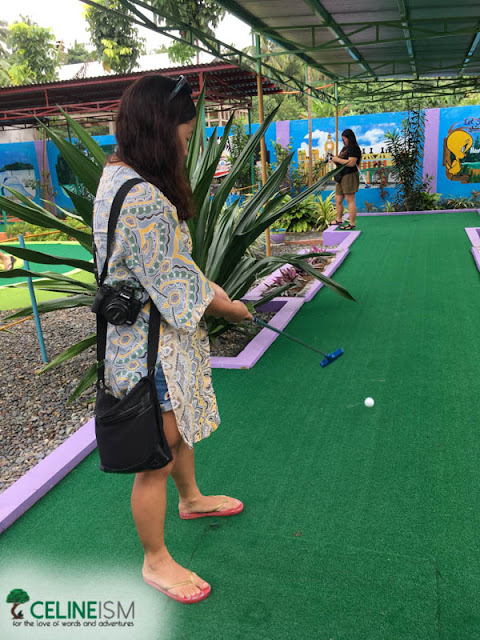 mini golf baler