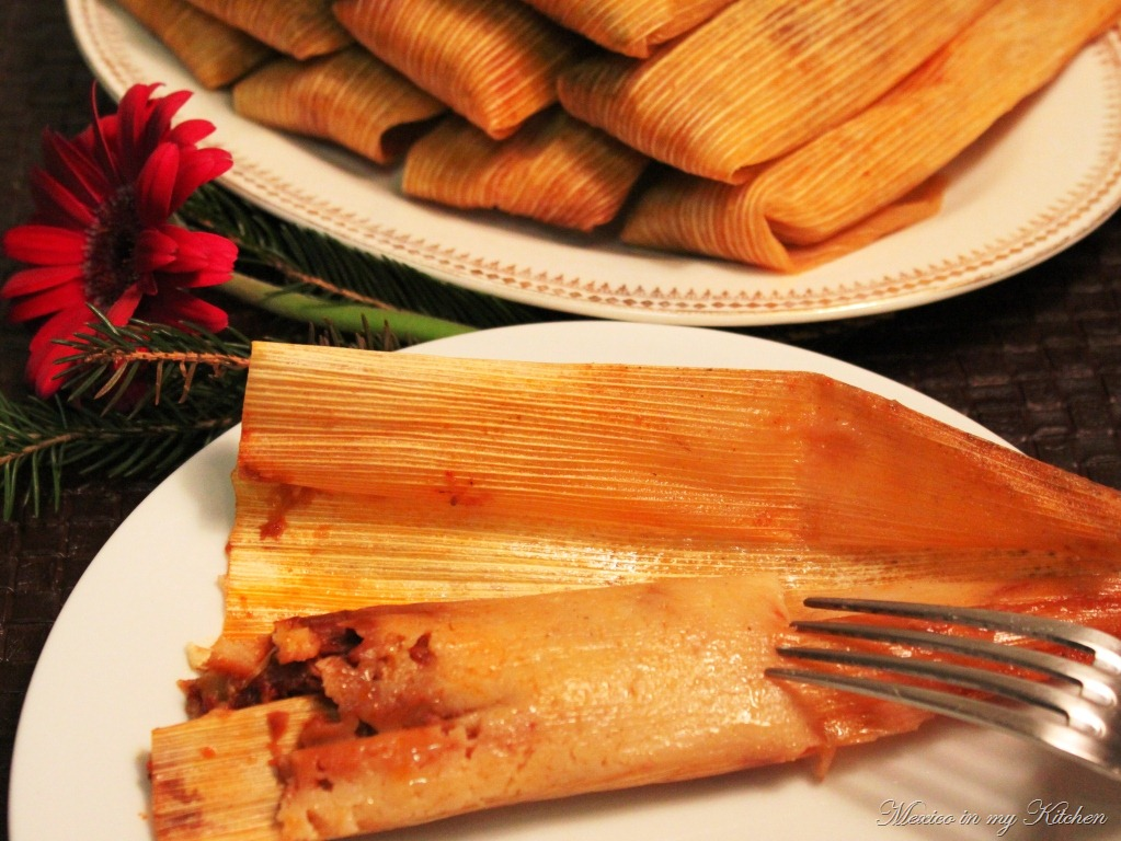 and c hicken and vegetables tamales green salsa chicken tamales
