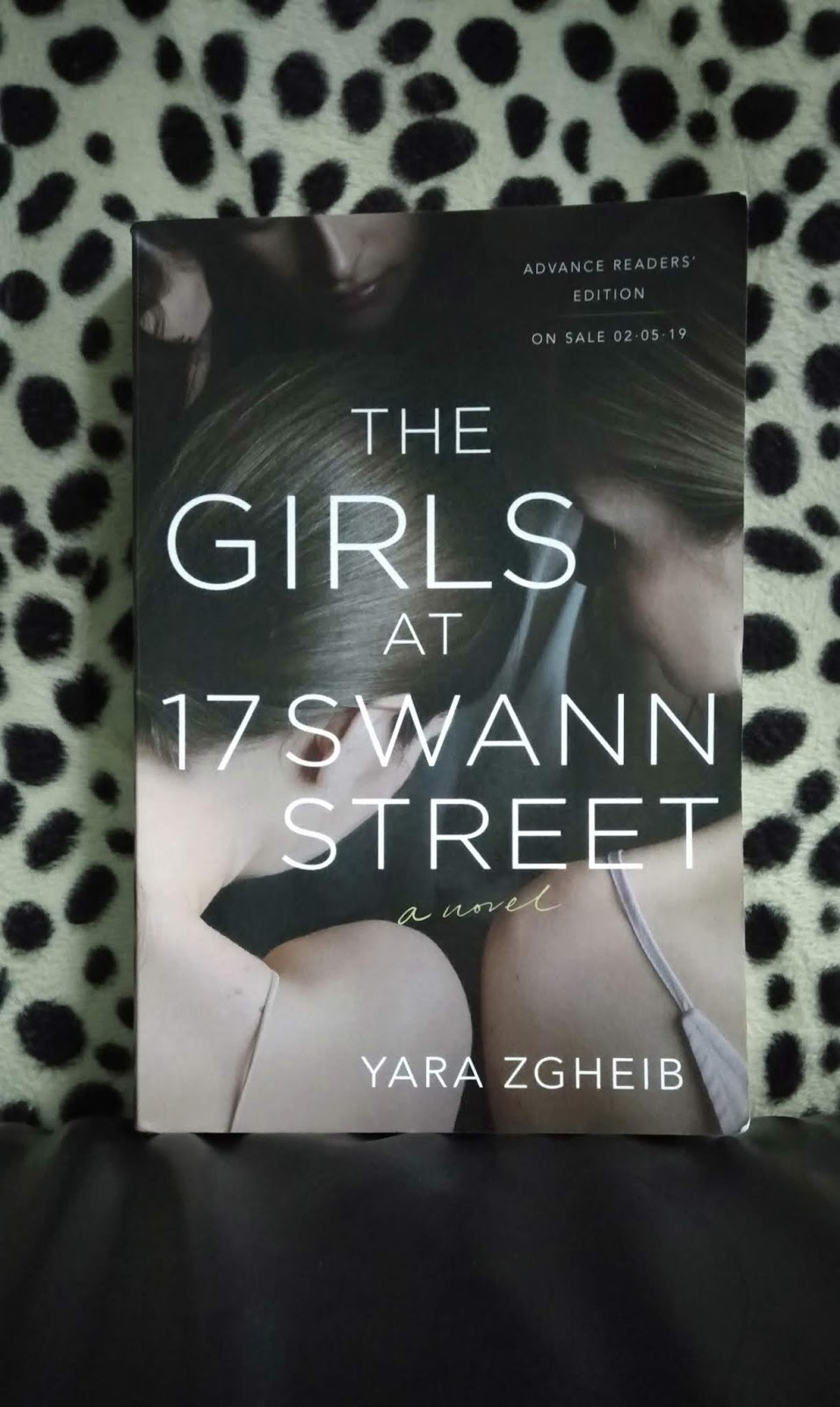 books, Books and BOOKS: 205  The Girls at 17 Swann Street by