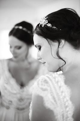 bride in mirror at south seas resort