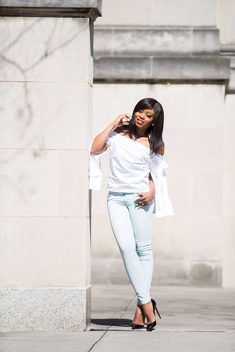 levis 711 skinny jeans, off the shoulder top, www.jadore-fashion.com