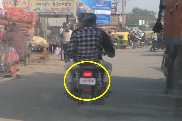 faridabad-ghonchi-bike-seen-without-number-plate