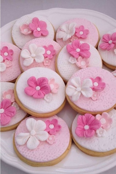 Beautiful Floral Cookies.