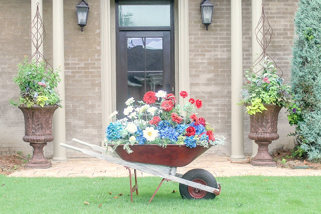 Fourth of July arrangement