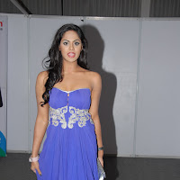 Karthika nair latest sexy pics in blue