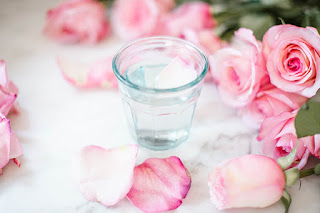 Rosewater skin benefits