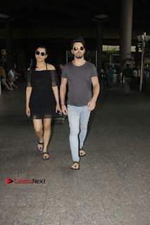 Actress Shruti Han Snapped at Airport in a Black Short Dress  0004.jpg