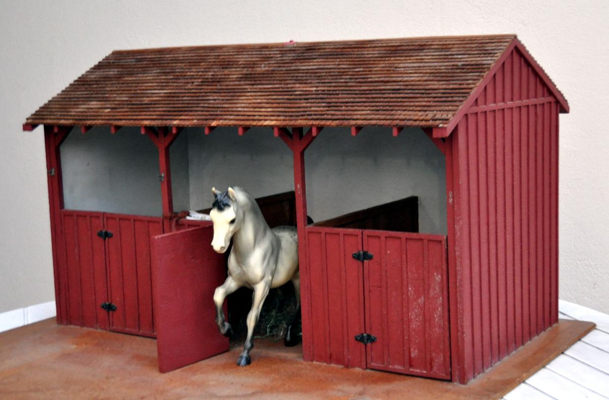 Wooden Breyer Horse Barn Wooden Thing