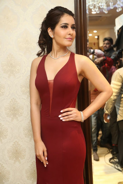 Raashi Khanna Hot Picture in Red Dress