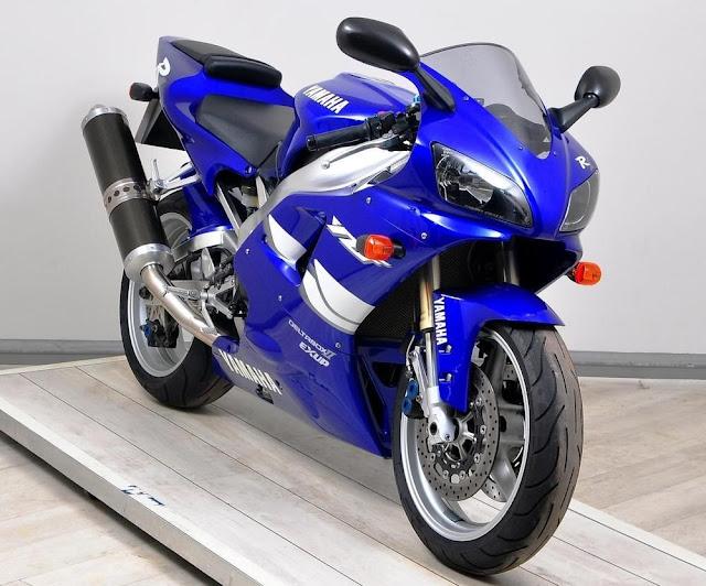 Yamaha YZF R1 Japanese superbike