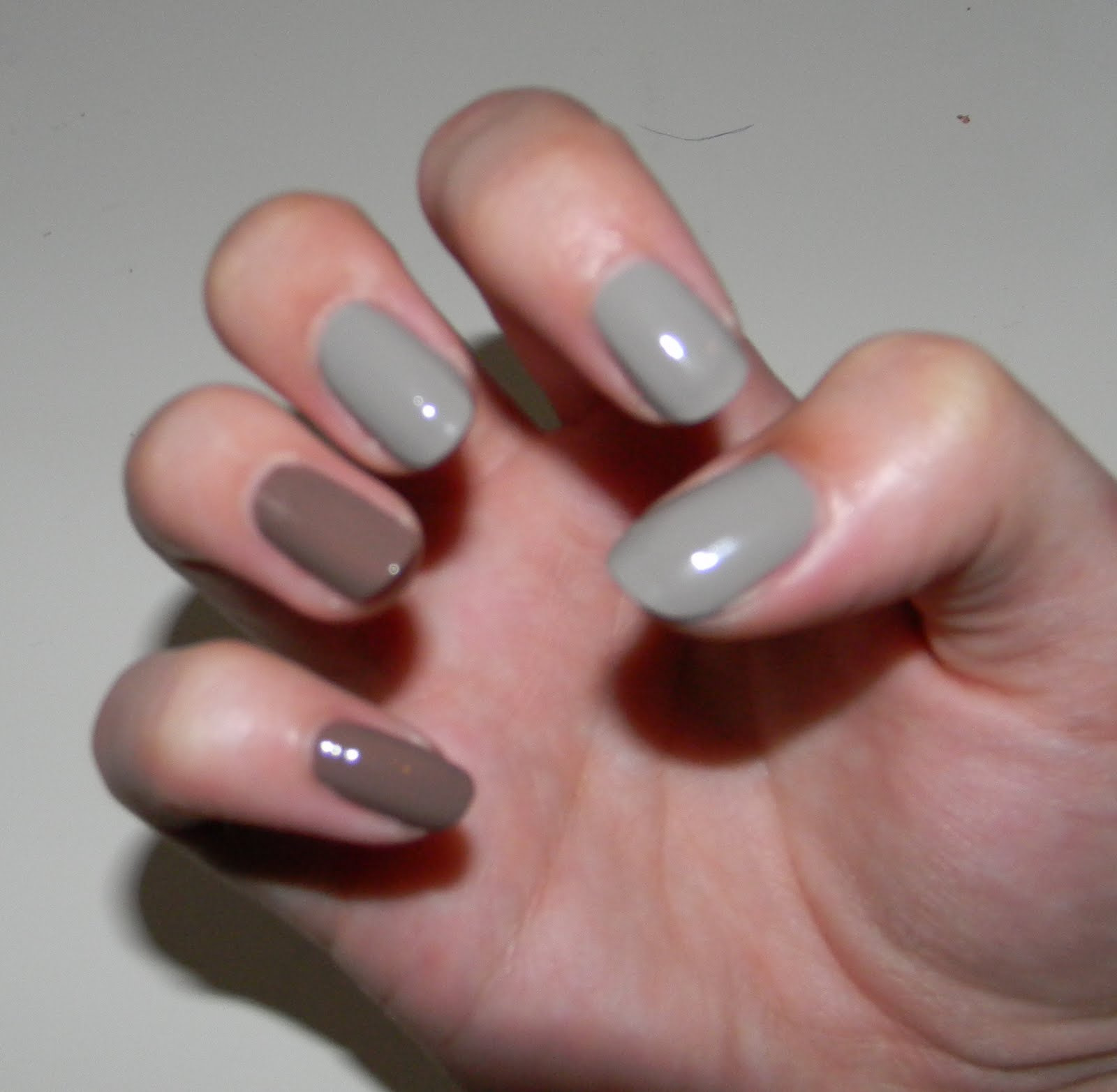 neutral ombre nails missbudgetbeauty neutral ombre nails