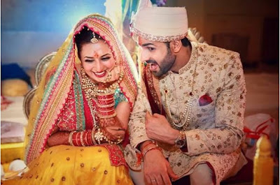 Divyanka Tripathi wedding phera outfits, Divyanka Tripathi real wedding